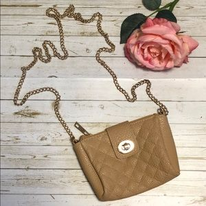 Small beige quilted patter purse with gold chain